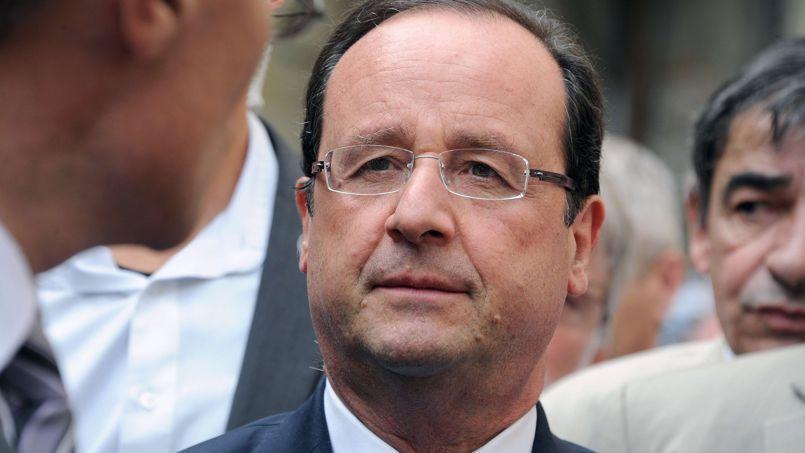 François Hollande lors de son déplacement à Auch, dans le Gers, samedi.