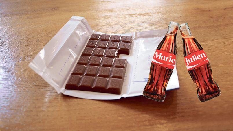 Milka lance des tablettes où il manque un carré, qui pourra être envoyé à la personne de son choix. Coca-Cola va ajouter une centaine de prénoms supplémentaires aux 150 disponibles depuis mai sur les étiquettes de ses bouteilles et canettes.