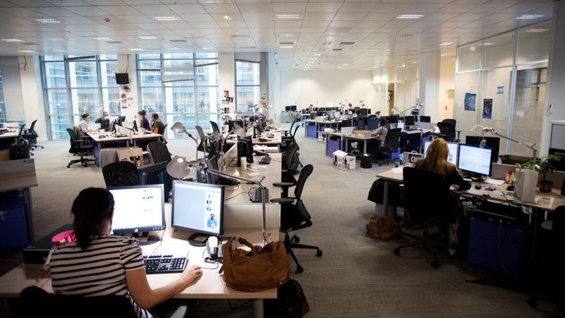 Après la révolution informatique, les progrès du numérique transformeront à terme méthodes et espaces de travail.