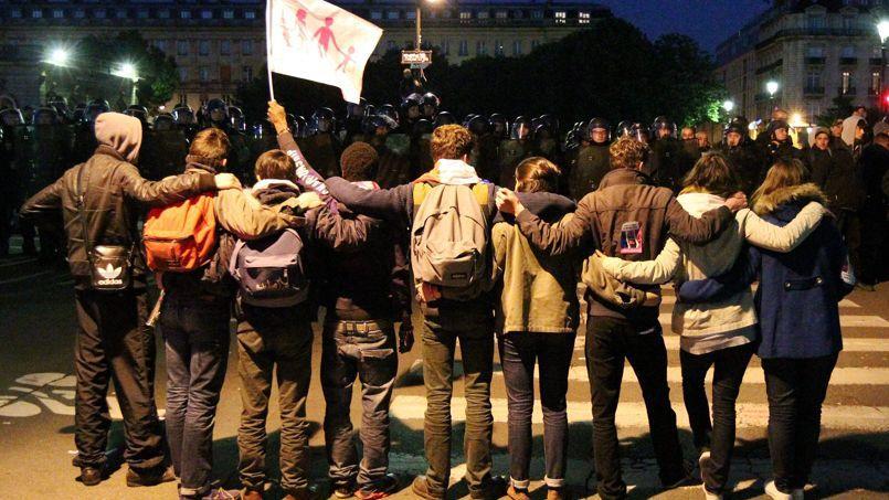 Lors de la Manif pour tous, un important dispositif policier a été déployé place des Invalides, à Paris.