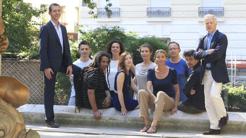 De gauche à droite: Romain Puértolas, Nicolas Clément, Julien Delmaire, Sophie Van derLinden, Mathilde Janin, Déborah Lévy-Bertherat, Nathalie Aumont, Jean-Yves Lacroix, Boris Razon et Frédéric Verger.