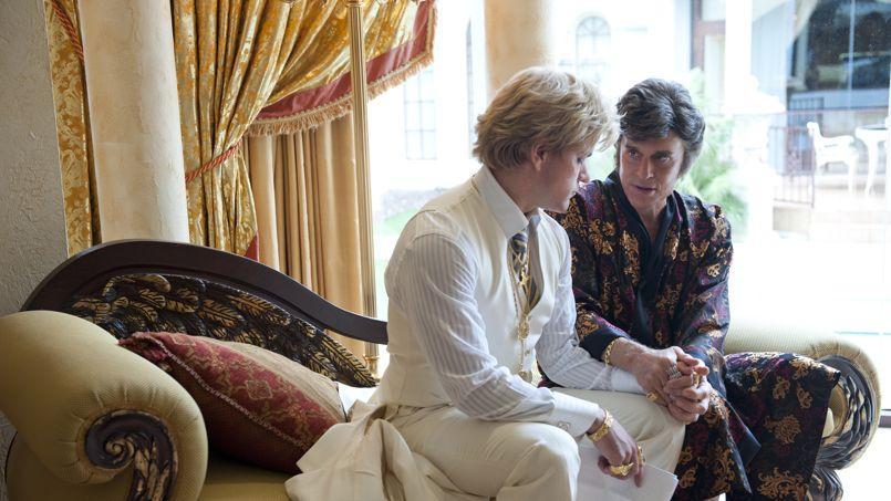 Matt Damon et Michael Douglas dans Liberace.