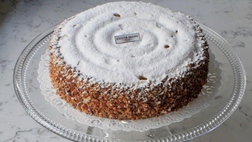 Le Mussipontain, gâteau à base de meringue, une spécialité de Sébastien Gaudard.