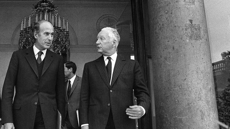 Valéry Giscard d'Estaing (à gauche) était le ministre des Finances du gouvernement de Pierre Messmer (à droite) (AFP)