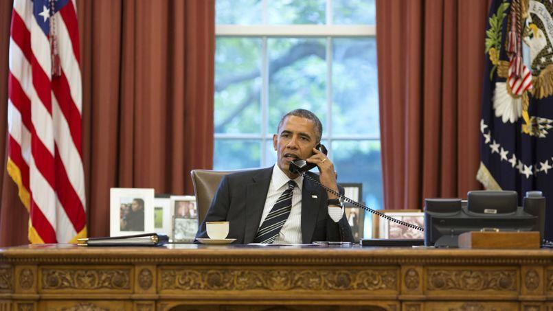 Le président américain Obama au téléphone avec le président iranien Rohani, vendredi, à la Maison-Blanche.