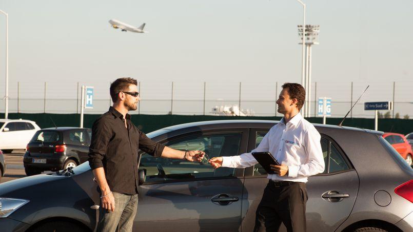 Livraison d'une voiture près de l'aéroport d'Orly. (DR)