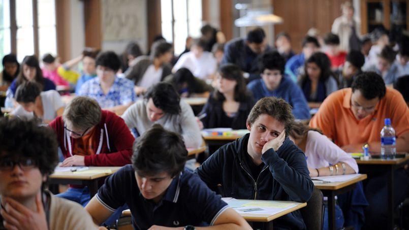 L'opinion des Français concernant la qualité de leur enseignement primaire et secondaire est similaire à la moyenne mondiale, mais ils sont moins nombreux à cautionner la qualité de l'enseignement supérieur auquel ils ont accès près de leur domicile (66%).