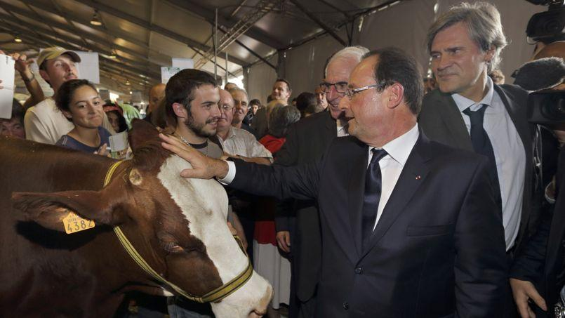 François Hollande,à Cournon, en Auvergne, le 2 octobre.