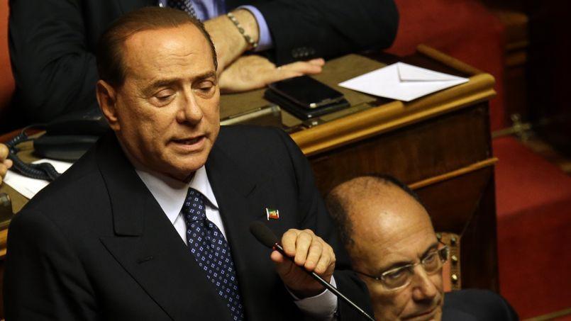 La brève déclaration de Silvio Berlusconi a été accueillie par un silence stupéfait dans l'Assemblée.