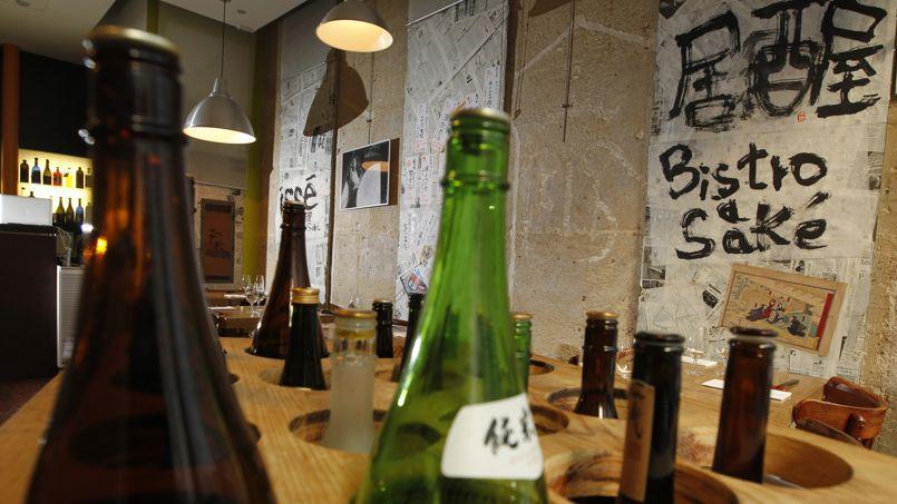 Izakaya Issé, le pionnier dubistro à saké, propose trois pages de sakés haut de gamme.