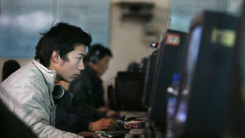 Dans un cyber-café de Pékin, en avril 2008.