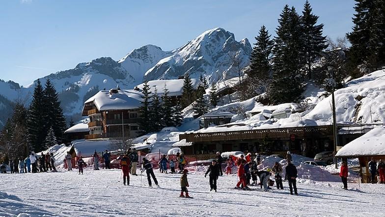 La station de Drouzin-le-Mont qui a fermé l'an dernier envisage une reconversion vers la «montagne douce». (DR.)
