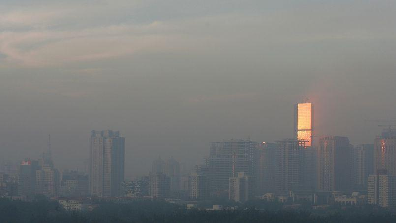 La Chine a annoncé, en septembre, son intention de réduire d'un quart les niveaux de pollution atmosphérique à Pékin (ci-dessus) et dans les principales villes du pays d'ici à 2017.