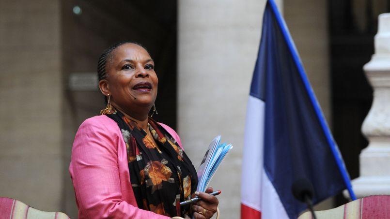 Interrogée sur la candidate FN qui l'avait comparée à un singe, la garde des Sceaux avait dénoncé samedi «la pensée mortifère et meurtrière» du FN
