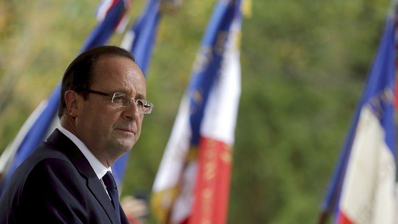 François Hollande (ici, le 4 octobre en Corse) a pris sa décision après un long tête-à-tête, samedi, avec Manuel Valls, auquel se sont ensuite joints Jean-Marc Ayrault, puis Vincent Peillon.