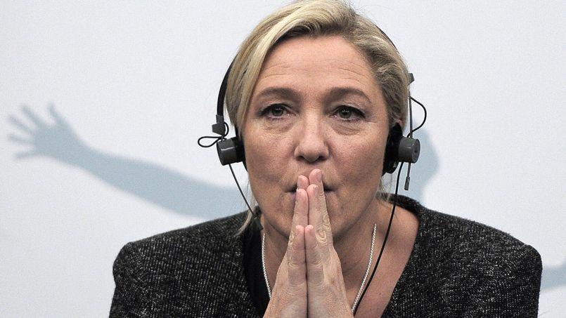 «Non inscrits, nous ne pouvons pas déposer d'amendements», regrette Marine Le Pen.