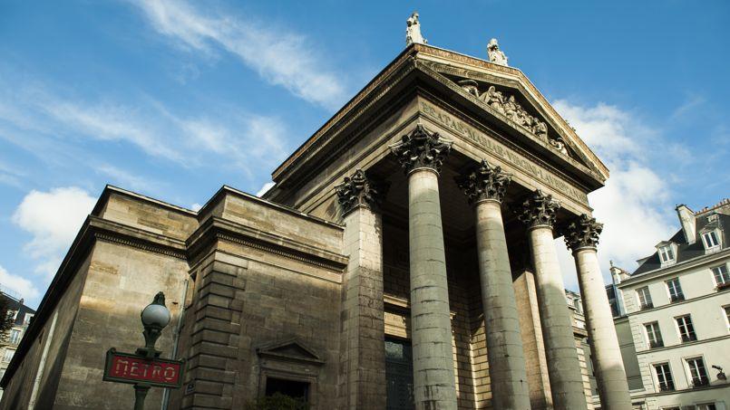 L'église Notre-Dame-de-Lorette (Paris IXe) figure sur la liste 2014 des monuments et sites patrimoniaux culturels en danger établie par l'organisation internationale World Monuments Fund.