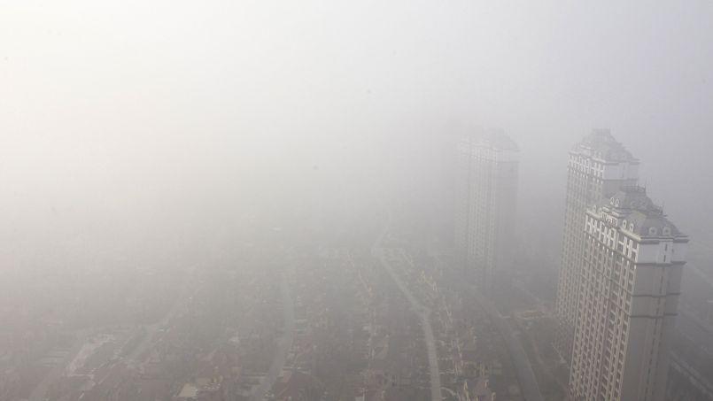 La ville d'Harbin, dans le nord-ouest de la Chine, est restée trois jours prisonnière de son nuage de pollution.