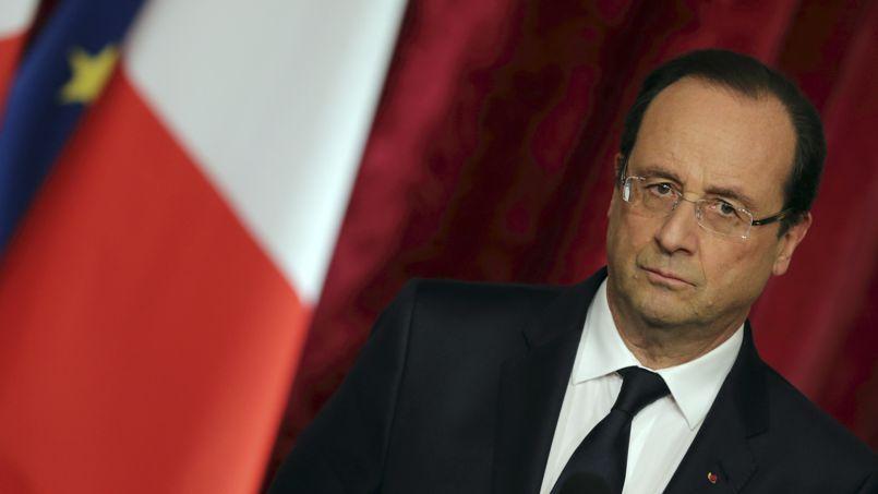 Hollande sèche le congrès des maires de France