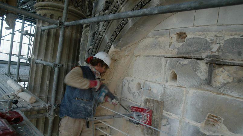 L'église Saint-Sulpice (VIe) à Paris fait partie des édifices religieux considérés en danger imminent.
