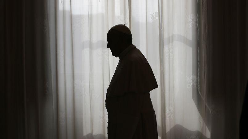 Le pape François renouvelle dans son texte la condamnation extrêmement ferme par l'Église de l'avortement.