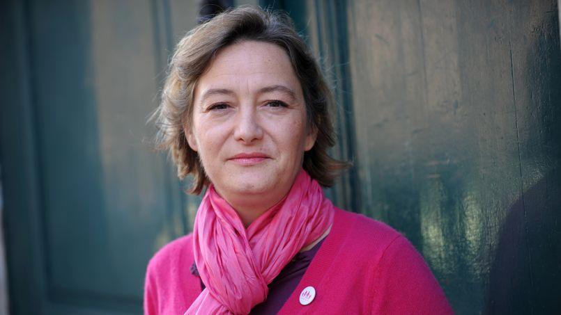 Ludovine de la Rochère, présidente de la Manif pour tous, considère que «le gouvernement a trompé les Français, la représentation nationale et le Conseil constitutionnel».