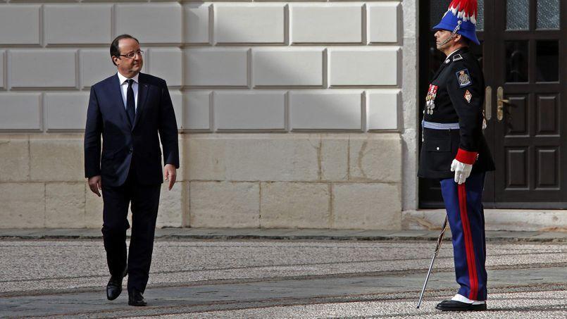 François Hollande, lors d'une visite à Monaco, le 14 novembre.