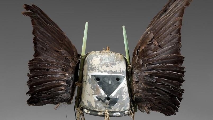 Heaume aux deux ailes de corbeau vendu entre 60.000et 80.000 €.