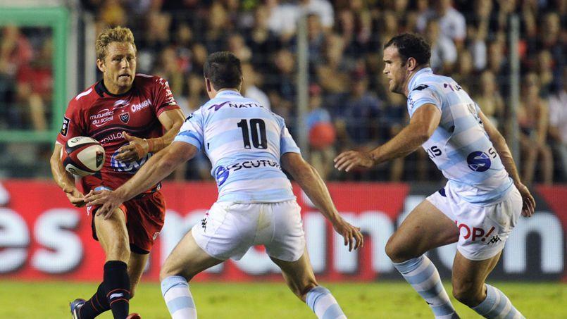 Le demi d'ouverture du Rugby Club de Toulon Jonny Wilkinson est le joueur le mieux payé du Top 14 avec un salaire annuel de 800.000 euros par an