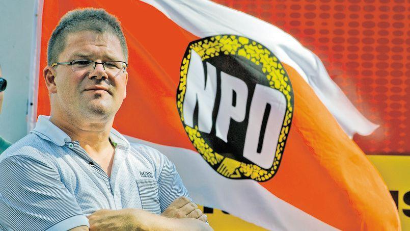 Holger Apfel lors d'un meeting du NPD à Francfort sur le Main, en juillet 2012.