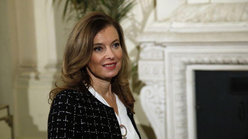 «Il n'était pas prévu que Valérie Trierweiler fasse partie du déplacement» de François Hollande au Vatican, assure-t-on à l'Élysée.