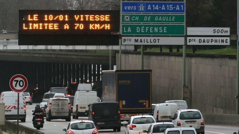 La vitesse maximale sur le périphérique parisien est abaissée à 70 km/h.