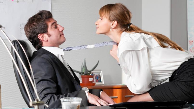 les remarques et blagues sexistes sont toujours d 39 actualit au bureau. Black Bedroom Furniture Sets. Home Design Ideas