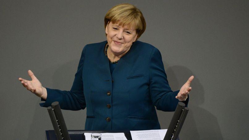 Angela Merkel s'adressant au Parlement allemand, le 18 décembre.