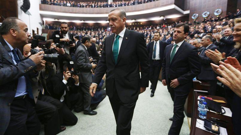 Le premier ministre turc Recep Tayyip Erdogan lors de son arrivée au Parlement, le 14 janvier à Ankara.