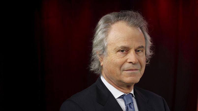 Franz-Olivier Giesbert, ex-patron du Nouvel Observateur et du Figaro, quitte Le Point à un moment délicat pour la presse.