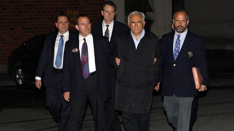 L'arrestation de DSK, le14mai2011, a bousculé le mondedel'édition. 58 titres touchant deprès ou de loin l'affaire ontétépubliés. Du jamais vu ensipeu de temps.
