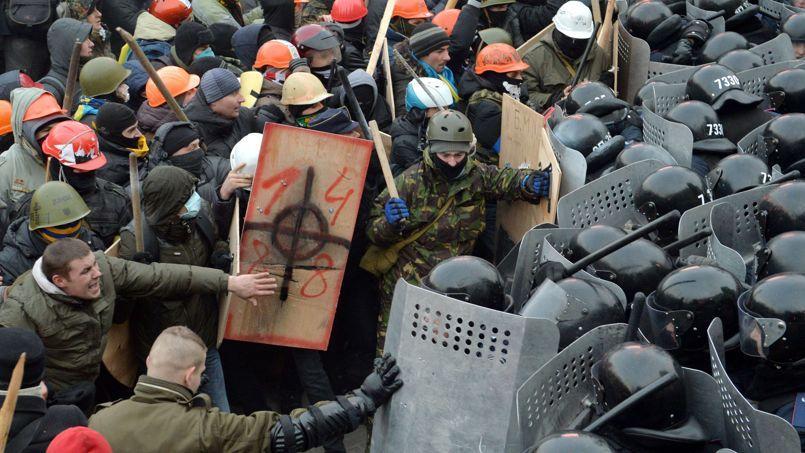 Le rôle de l'extrême droite dans la révolte ukrainienne