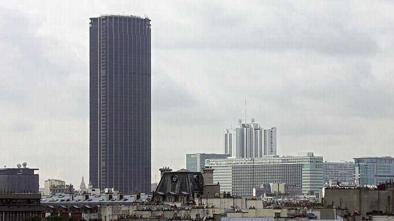 Malgré le risque d'amiante, la tour Montparnasse accueille de nouvelles écoles.