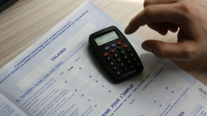 Impôt: l'État planche sur le prélèvement à la source