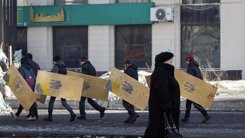 L'Occident pousse les enchères sur l'Ukraine