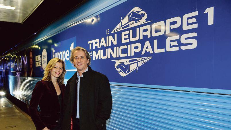 Les journalistes Wendy Bouchardet Nicolas Poincaré seront à bord du traindes municipales d'Europe 1, qui fera quatorze étapes dans des villes clés.