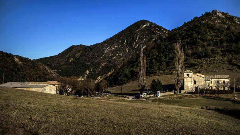 Le village de Rochefourchat, dans la Drôme, ne compte qu'un seul résident permanent.