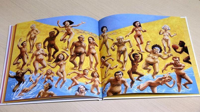 Marc Daniau, co-auteur de «Tous à poil!», regrette que le livre se vende «pour de mauvaises raisons» (Crédit: AFP PHOTO / FRANCOIS GUILLOT)