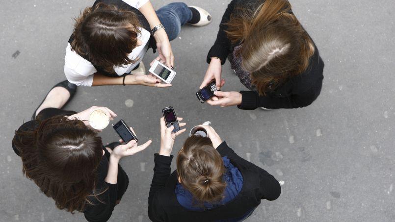 Les SMS, une menace pour l'orthographe...ou pas