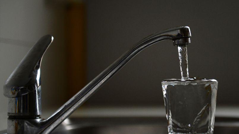 L'objectif est de réduire à 15% les pertes dans les canalisations d'eau potable. (Crédits photo: Anne-Christine Poujoulat/AFP)