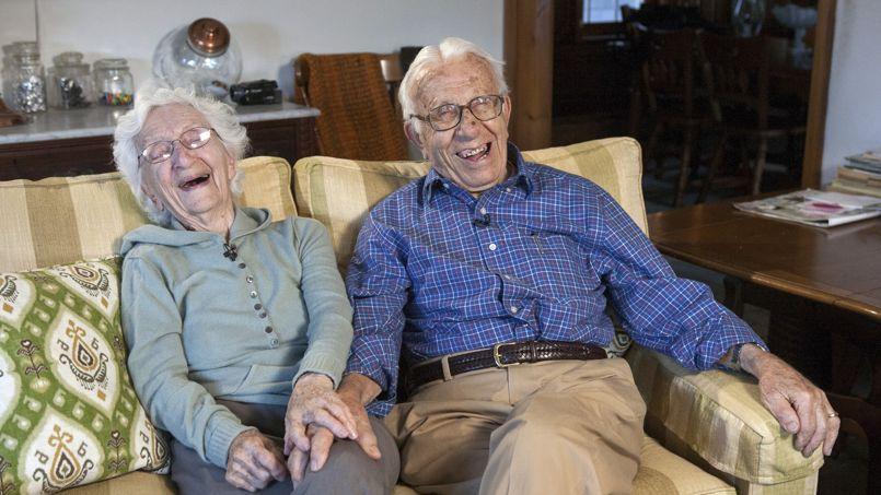 Les seniors tombent de plus en plus amoureux