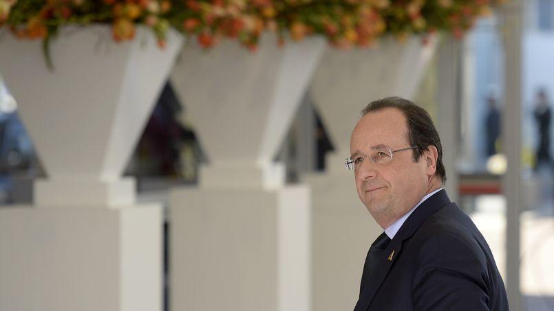 Après la défaite des municipales, comment François Hollande pourra-t-il redresser la barre?