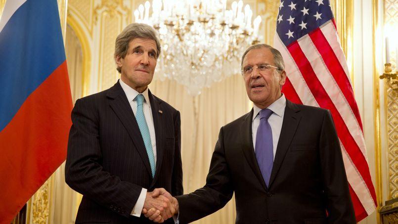 John Kerry et Sergueï Lavrov se sont retrouvés dimanche soir à Paris pour évoquer la crise ukrainienne.