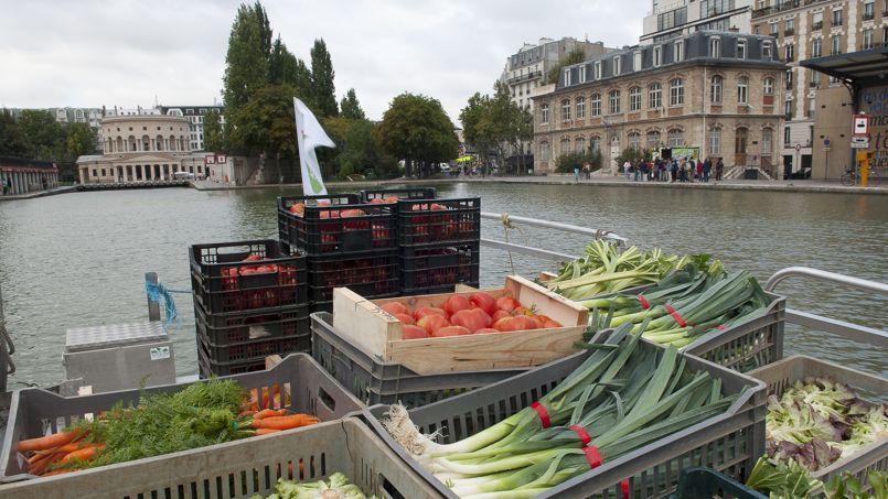 Le Marché sur l'eau, une barge maraîchère qui s'amarre à Pantin et dans Parisle mardi et le samedi.
